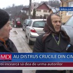 AU DISTRUS CRUCILE DIN CIMITIR – VIDEO