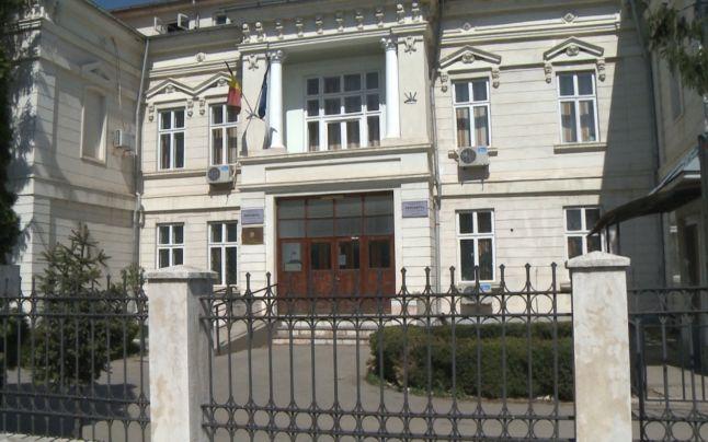 DESCINDERI IN CLADIREA S.E.I.P DAMBOVIȚA – VEZI PE CINE AU SĂLTAT PROCURORII DIICOT!