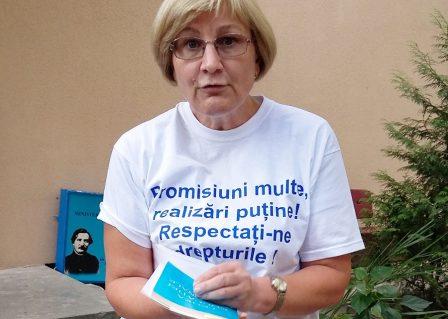 PROTEST INEDIT AL UNEI ÎNVĂȚĂTOARE
