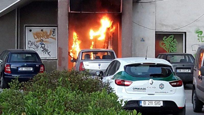 INCENDIU VIOLENT LA CINEMATROGAFUL INDEPENDENTA DIN TARGOVISTE