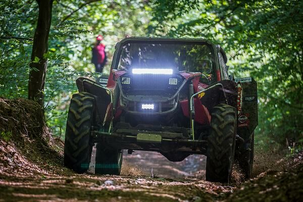 OFF-ROAD-UL, UN SPORT COSTISITOR
