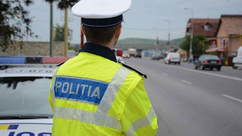 POLIȚIȘTI DIN DÂMBOVIȚA, CU OCHII PE ȘOFERII CARE NU RESPECTĂ REGULILE DE CIRCULAȚIE – VIDEO!