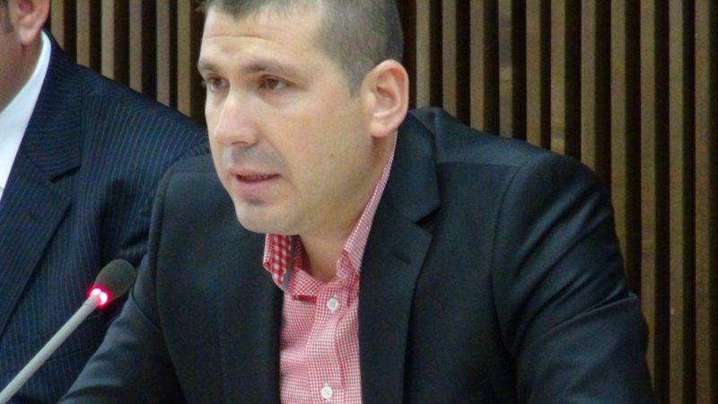 FOST ȘEF AL GĂRZII FINANCIARE DÂMBOVIȚA, TRIMIS ÎN JUDECATĂ DE DNA