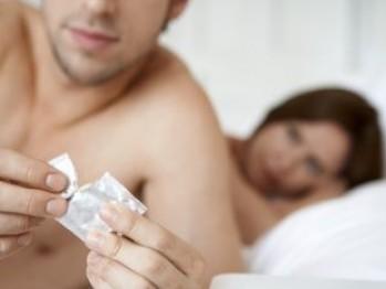 ÎN TOP, DIN CAUZA BOLILOR SEXUALE