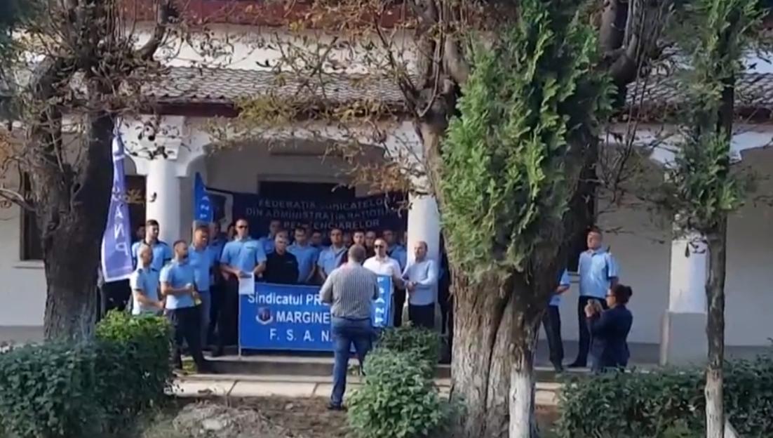 PROTESTELE CONTINUĂ ÎN PENITENCIARELE DIN ROMÂNIA