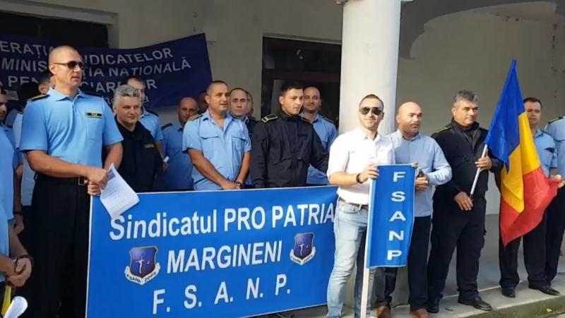 PROTEST LA PENITENCIARUL MĂRGINENI