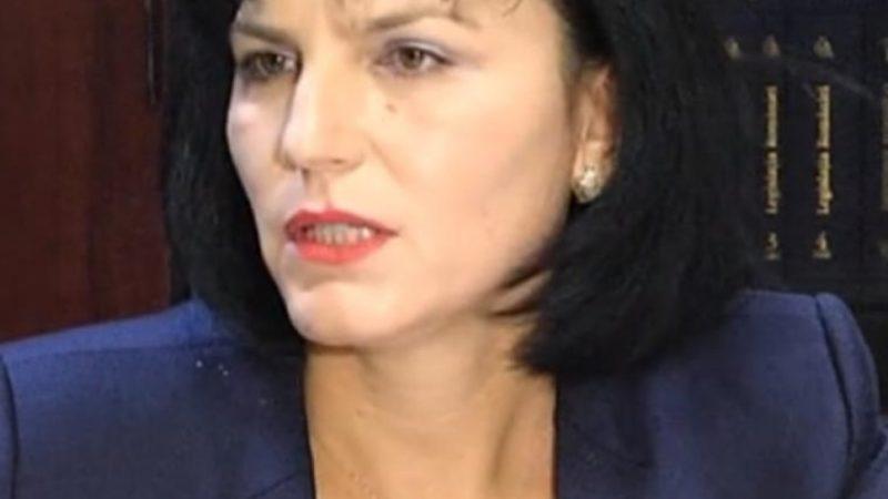 NICULINA A FOST DEMISĂ DE LA ȘEFIA CJAS DÂMBOVIȚA PENTRU INCOMPETENȚĂ! AVEA UN SALARIU LUNAR DE PESTE 12000 LEI