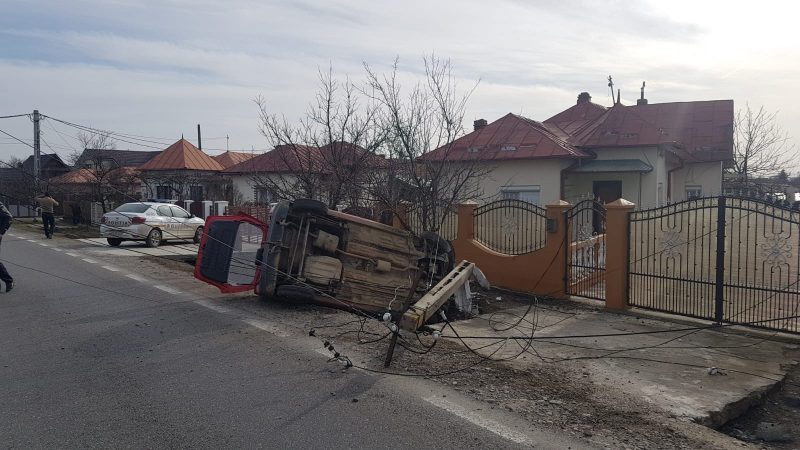 ACCIDENT PE DN72, LA SĂCUIENI