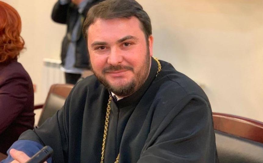 PREOTUL IONUȚ GHIBANU, NOUL PREȘEDINTE AL FILIALEI DE CRUCE ROȘIE DÂMBOVIȚA