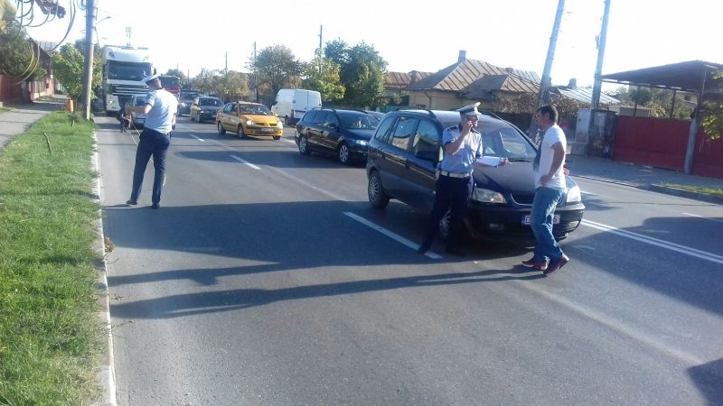 FETIȚA ACCIDENTATĂ PE CALEA BUCUREȘTI! VIDEO!