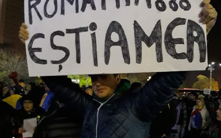 PROTESTE IN TOATA TARA