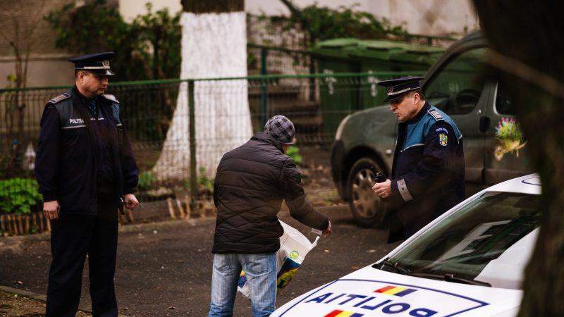 ATENŢIE! SE SCHIMBĂ REGULILE! POLIŢISTUL ÎŢI POATE SOLICITA SĂ TE PUI PE BURTĂ