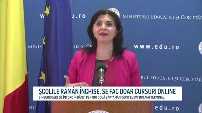 ȘCOLILE RĂMÂN ÎNCHISE, SE FAC DOAR CURSURI ONLINE