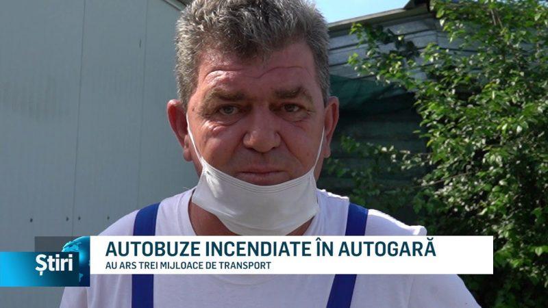 AUTOBUZE INCENDIATE ÎN AUTOGARĂ